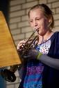 "Merle Klonk aus der Klasse 7D spielt ""Mini-Rock"" (foto: sebastian schobbert, goethestr.2-3, 10623 berlin 2010)"